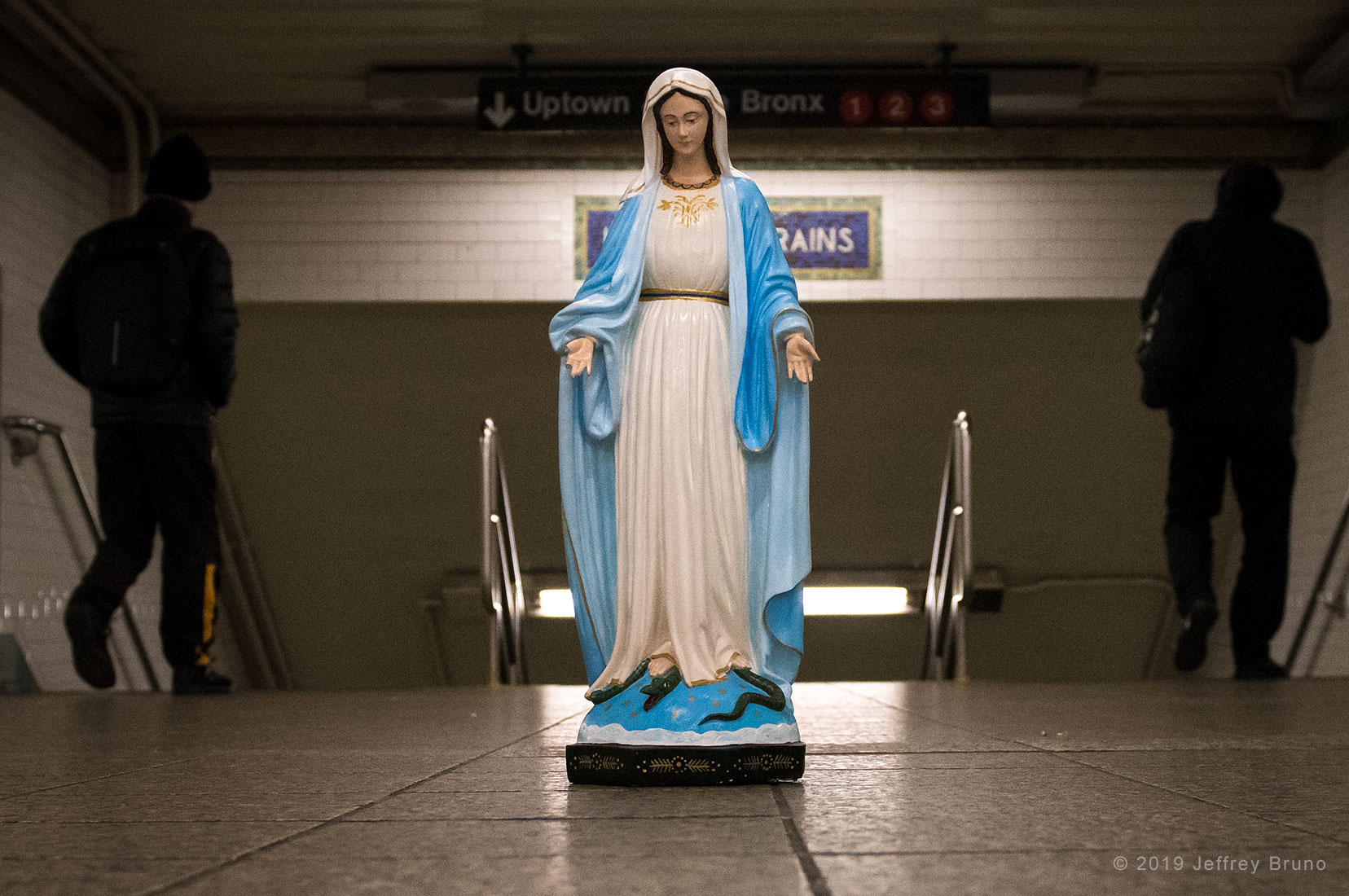 BLESSED MOTHER,SUBWAY,NEW YORK