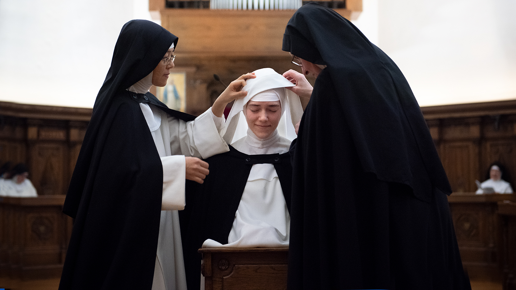 DOMINICAN NUNS FIRST PROFESSION